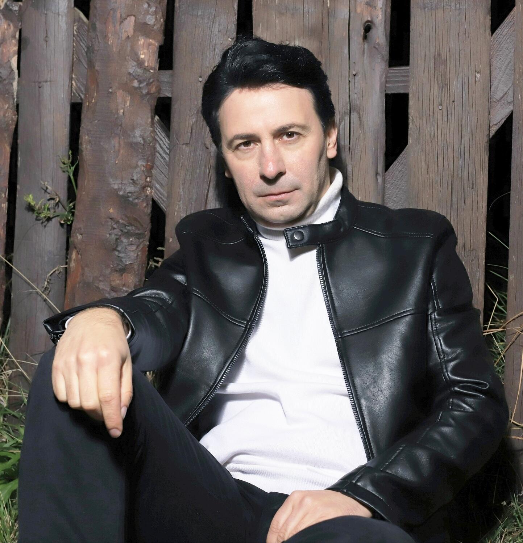 Metin Çanak Şarkısıyla Zirvede. Şimdi Sıra Da  Dizi Var.